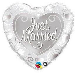 18 inch-es Just Married Hearts Silver Esküvői Héliumos Fólia Lufi