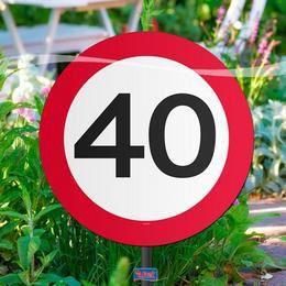 40-es Sebességkorlátozó Születésnapi Kerti Tábla