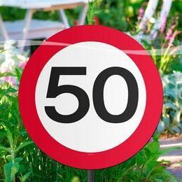 50-es Sebességkorlátozó Születésnapi Kerti Tábla