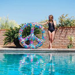 Békejel Hippi Úszógumi
