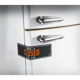 Hűtőmágnes Zár Closed Felirattal