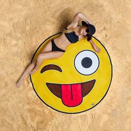 Kacsintós Emoji Óriás Strandtörölköző