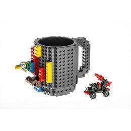 A zseniális lego bögre, így lesz izgalmas a kávéd a lego bögrével