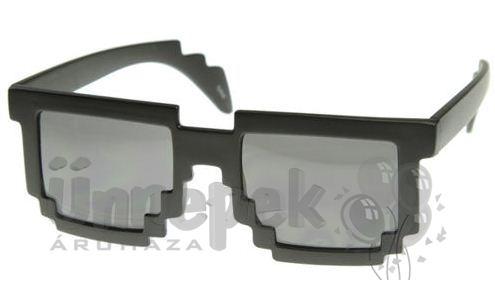 8 Bites Napszemüveg Fekete