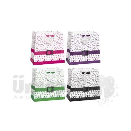 605a93e3eae9 Ajándéktasak szatén szalaggal és strasszos csattal vegyes színekben