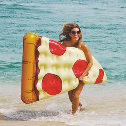 Óriás Pizza Gumimatrac