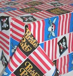 Kalóz (Pirate) Parti Asztalterítő - 259 cm x 137 cm