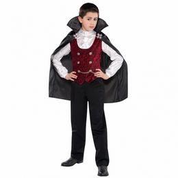 Vámpír Fiú Jelmez Halloweenre - 4-6 éveseknek