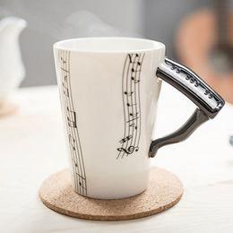 Pianínó (Zongora) Bögre